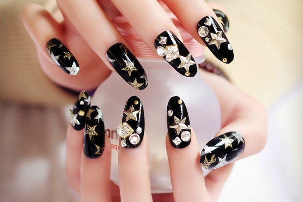 DIY manikir - veštački nokti