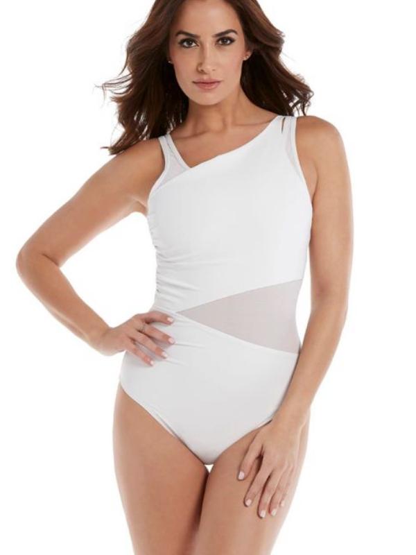 Savršen bikini za žene sa velikim grudima