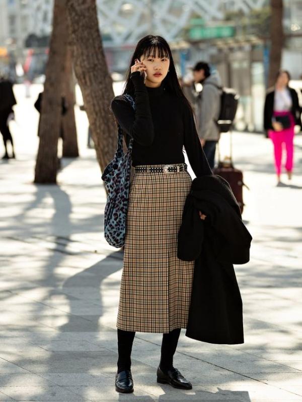 Tvid midi suknje koje nikad ne izlaze iz mode