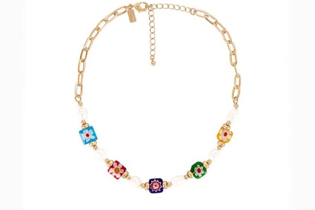 Moderan nakit sa perlicama koji vas vraća u detinjstvo
