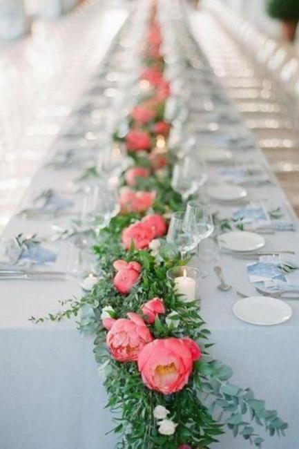 Očaravajuće ideje za dekor venčanja cvetovima božura