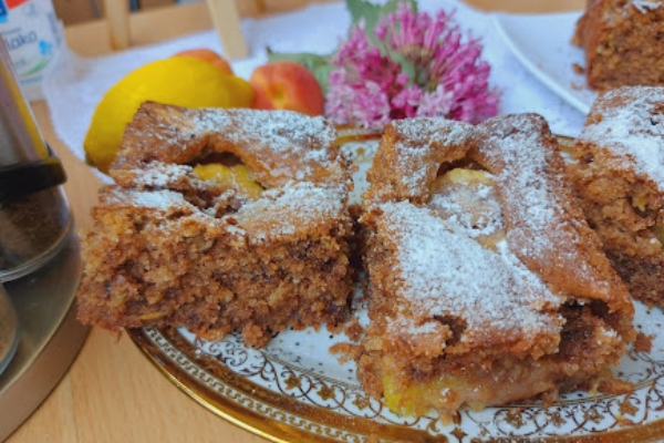 Bakina kuhinja - fantastičan čokoladni kolač sa voćem