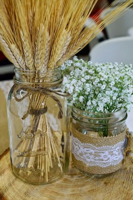 Rustični dekorativni detalji sa pšenicom za venčanje koje se ističe