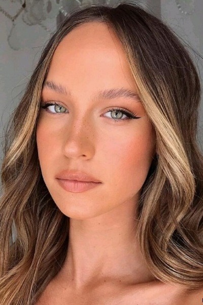 Bronzani letnji make-up bez mnogo truda